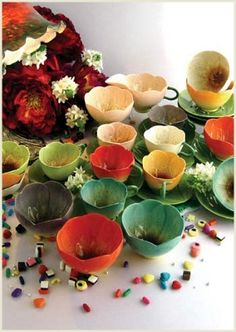 Oh how I adore these wonderful botanically inspired teacups perfect for a garden or fairee tea party.