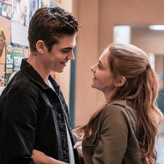 This Friday, Anna Todd's best-selling novel After gets the live-action treatment. Ahead of its release this Friday, we sat down with stars Hero Fiennes Tiffin and Josephine Langford to talk about the film. Movie Couples, Cute Couples, After Fanfiction, Hessa, Milla Jovovich, Kissing Booth, Romantic Movies, Movies 2019, Emma Thompson