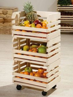 Use Pallet Wood Projects to Create Unique Home Decor Items – Hobby Is My Life Diy Furniture Decor, Couch Furniture, Furniture Projects, Wood Projects, Diy Home Decor, Wooden Crates, Wood Pallets, Pallet Wood, Bathroom Storage Shelves