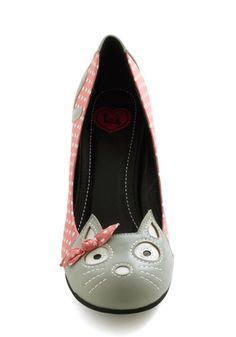 crazy cats, kitten heels, time heel, meow, modcloth, pink, kittens, vintage shoes, mod retro vintage heels