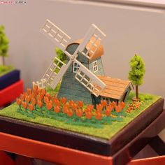 Sankei Miniatuart mini  : Windmill and tulips