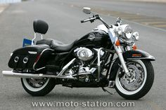 1968 Harley Davidson Road King | Essai Harley-Davidson FLHRC Road King Classic ABS : Etes-vous encore ...