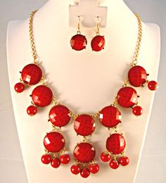 Repin this! Bauble necklace and earring set from www.ShopPassaporte.com $34  #StatementNecklace #FashionJewelry