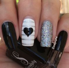 Evening ready manicure by the fabulous using our Large Heart Nail… Mais Fancy Nails, Love Nails, Pretty Nails, My Nails, Nail Polish Designs, Nail Art Designs, Chevron Nails, Heart Nails, Fabulous Nails