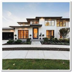 beautiful modern house ideas to make classy and unique house design 24 > Fieltro.Net 42 Beautiful Modern House Ideas to Make Classy and Unique House Design > Fieltro. White Exterior Houses, Dream House Exterior, Exterior House Colors, Dream House Plans, Modern Exterior, White Houses, Exterior Design, House Exteriors, Dream Houses