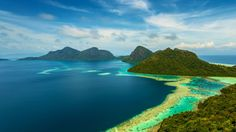 Tun Sakaran Marine Park, Malaysia (© timefocusfilms/Nimia) – 2016-06-13 [http://www.bing.com/search?q=Tun+Sakaran+Marine+Park&form=hpcapt&filters=HpDate:%2220160613_0700%22]