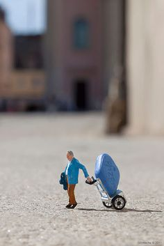 Little People / Slinkachu