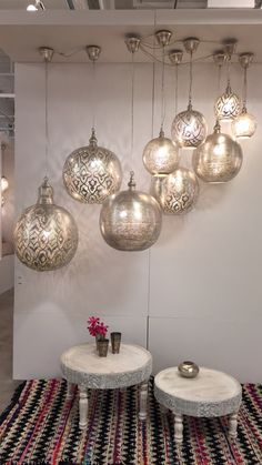 Ramadan Activities, Moroccan Bedroom, Dining Lighting, Moroccan Style, Blog Design, Lamp Design, Feng Shui, Lamp Light, Boho Decor