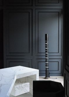 Mat-charcoal painted vanity under counter with marble top- comb idea Matt Black Walls with Carrara Marble Desk - Joseph Dirand Wood Panel Walls, Wood Paneling, Wall Panelling, Modern Wall Paneling, Interior Walls, Interior And Exterior, Wall Design, House Design, Marble Desk