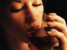 Women Starting to Match Men's Drinking Habits, Study Finds Men still consume more alcohol, but gap is narrowing