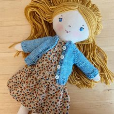 Handmade Dolls Patterns, Doll Sewing Patterns, Sewing Dolls, Handmade Rag Dolls, Fabric Doll Pattern, Diy Rag Dolls, Yarn Dolls, Fabric Dolls, Diy Yarn Doll Hair