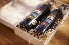 We offer a wide range of wine boxes