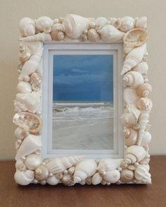 Beach Decor Shell Frame Seashell Frame Beach Home Decor Shell Photo Frame Costal Decor Nautical Decor Beach Wedding Gift Seashell Picture Frames, Seashell Frame, Seashell Art, Seashell Crafts, Beach Themed Crafts, Beach Crafts, Beach Wedding Gifts, Nautical Wedding, Seashell Projects