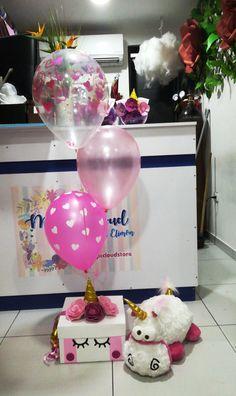 18 Ideas Birthday Box Diy Gifts For 2019 Diy Birthday Box, Bff Birthday Gift, Birthday Parties, Diy Gift Box, Diy Box, Diy Gifts, Valentines Bricolage, Valentines Diy, Balloon Box