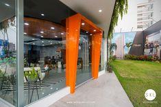 Diseño de salón de ventas inmobiliario, proyecto Stelar en Barranco, Lima - Perú. Diseño: SXL Arquitectos. Cliente: Inmobiliaria Edifica.