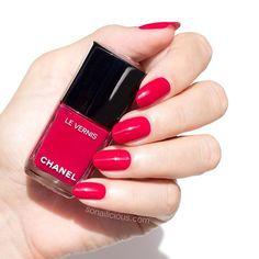 Chanel's new gel-like polish range. Shade: Chanel Shantung.