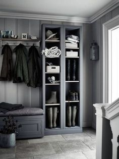 Nice Wonderful Inspiration With 25 Boot Rooms Design and Mudrooms Idea Some people might sound familiar with the boot room and mudroom. Boot room and mudroom is a storage that can not be separated. And a separate bedroom . Foyer Storage, Porch Storage, Built In Storage, Shoe Storage, Storage Shelves, Boot Room Storage, Laundry Storage, Bedroom Storage, Storage Cabinets
