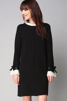 Robe pull noire tissu contrasté blanc plissé rubans - Molly Bracken