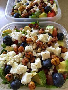 The Simple Life: Monday Meal Prep: Portabella Veggiburger Salad (Gluten Free Vegetarian) Lunch Meal Prep, Healthy Meal Prep, Healthy Snacks, Healthy Eating, Healthy Recipes, Meal Prep Salads, Vegetarian Meal Prep, Keto Recipes, Clean Eating Recipes