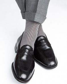 Black and Gray Houndstooth Socks Mid-Calf