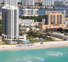 DoubleTree by Hilton Ocean Point Resort & Spa Sunny Isles Sunny Isles Beach (Florida) Enjoy a relaxing beachfront location at this full-service resort and spa, situated in Sunny Isles and offering easy access to area attractions along with first-class amenities and accommodations.