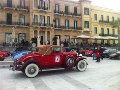 Στις Σπέτσες διεξάγεται το Εαρινό Ράλι της ΦΙΛΠΑ Antique Cars, Mens Fashion, Antiques, Tank Tops, Vintage Cars, Moda Masculina, Antiquities, Man Fashion, Antique