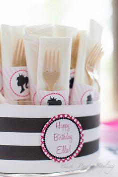Vintage Barbie Birthday Party Ideas | Photo 8 of 33 | Catch My Party #zulilybday