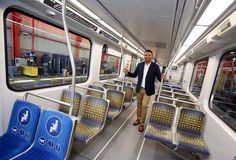 Mobile Web - Business - Metro bids farewell to original rail cars on the Blue Line in Long Beach