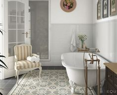 Looks like an area rug but it's really tile - pretty! by Equipe Ceramicas | Caprice