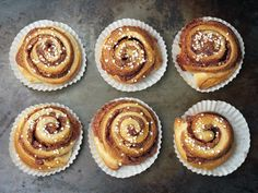 Cinnamon buns for busy people!
