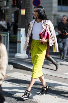 12 looks with Eva Chen | A Love is Blind - Paris Fashionweek ss2014 day 7, outside Miu Miu, Eva Chen