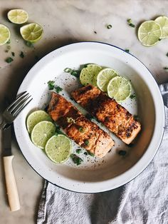 Lime and Black Pepper Salmon | The Healthy Hunter