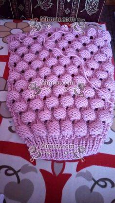 Ahududu Hırka Yapılışı ,  #ahududuhırkayapımı #ahududuörneği #ahududuyelekörnekleri #cardigans #elörgüsühırkamodelleri #knitcardigans , Son zamanların gözde modellerinden. Bizde hem yapılışını hemde en güzel renklerle hazırlanmış modelleri sizler için bir araya getirdik. Ta... Crochet Jacket, Crochet Cardigan, Knit Crochet, Crochet Hats, Cable Knitting, Knitting Stitches, Free Knitting, Baby Knitting Patterns, Stitch Patterns