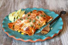 Recipe for Vegetable Enchiladas- homemade enchilada sauce and corn tortillas stuffed with corn, spinach, black beans and cheese. Easy Beef Enchiladas, Vegetable Enchiladas, Homemade Enchiladas, Red Enchiladas, Veggie Lasagna, Vegetarian Tacos, Vegetarian Entrees, Vegetarian Cooking, Cooking Recipes