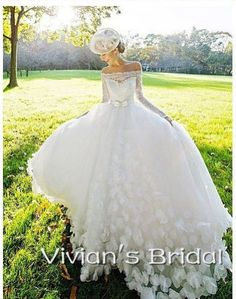 2016-Elegant-Off-The-Shoulder-Long-Sleeves-Lace-Cathedral-Train-Wedding-Dress