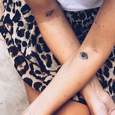 14 sexy tattoos for women with meaning Little Tattoos, Love Tattoos, Sexy Tattoos, Beautiful Tattoos, Body Art Tattoos, Small Tattoos, Tattoos For Women, Tattoo Ink, Evil Eye Tattoos