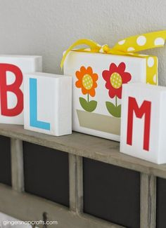DIY Bloom Spring Blocks made with the Silhouette & Vinyl {tutorial}