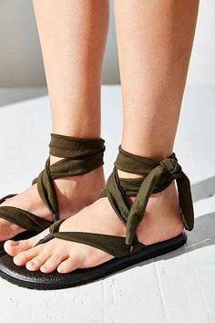 Sanuk Yoga Slinged Up Sandal Sanuk Sandals ce0351dfe