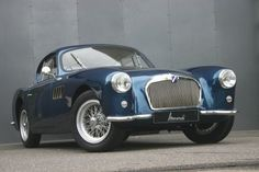 Looking for the Talbot Lago of your dreams? There are currently 1 Talbot Lago cars as well as thousands of other iconic classic and collectors cars for sale on Classic Driver. Retro Cars, Vintage Cars, Antique Cars, Classic Sports Cars, Classic Cars, Automobile, Automotive Design, Auto Design, Small Cars