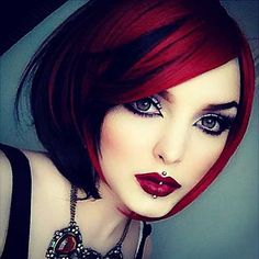 Looking for latest hair color ideas for your short hair? In this post you will find best images of 35 New Hair Color for Short Hair that you will in love! Pelo Multicolor, Red Hair Color, Hair Colors, Color Red, Colours, Great Hair, Hair Dos, Gorgeous Hair, Gorgeous Eyes