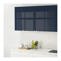 JÄRSTA Door IKEA Personalize your kitchen in a fun and easy way by adding one or more colorful accent doors. Rustic Country Kitchens, Country Kitchen Designs, Rustic Kitchen, Blue Kitchen Cabinets, Kitchen Cabinet Doors, Cupboard Doors, Ikea Family, Style Minimaliste, Black Kitchens