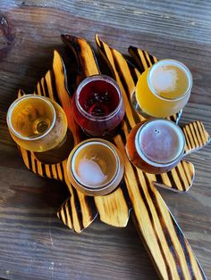 If you like craft beer, find out all the best Florida breweries to visit! This list includes over 20 amazing places to find craft beer in Florida #craftbeer #floridabreweries Florida Food, Florida Vacation, Florida Travel, Funky Buddha Brewery, Florida Adventures, Tampa Bay Area, Delicious Restaurant, Beer Company, Vero Beach
