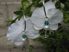 Flower earrings white orchids by KatKeRosCorner on Etsy, $18.00
