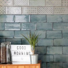 We hope you love these green brick tiles as much as we do. They are perfect for green bathroom tiles or a splash of colour is a stylish kitchen. Visit Direct Tile Warehouse for the best tiles, free samples and the lowest prices. Design Set, Home Design, Decor Interior Design, Decorative Wall Tiles, Ceramic Wall Tiles, Porcelain Tiles, Kitchen Splashback Tiles, Splashback Ideas, Tile Warehouse