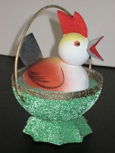 """GERMAN CARDBOARD """"HEN-SITTING IN NEST"""" CANDY CONTAINER.     5 1/2"""" TALL"""