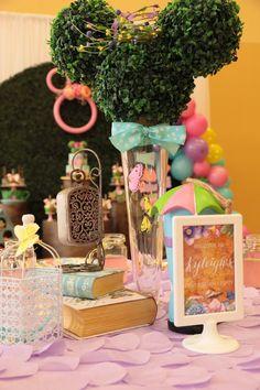 Disneyland Birthday, Disney Birthday, Baby Birthday, Birthday Ideas, Disney Party Decorations, Birthday Party Decorations, First Birthday Parties, First Birthdays, Minnie Mouse Party