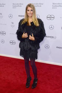 Pin for Later: Die Stars besiedeln Berlin bei der Fashion Week Cathy Hummels bei der Modenschau von Riani