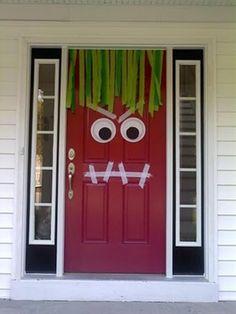 Very clever Halloween front door decor
