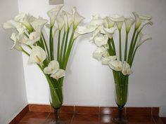 Design e Decoração: Arranjos florais do casamento da Paulinha                                                                                                                                                                                 Mais