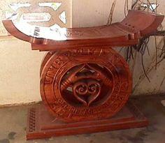 Ka.:.Kait headrest from the Akanfo.